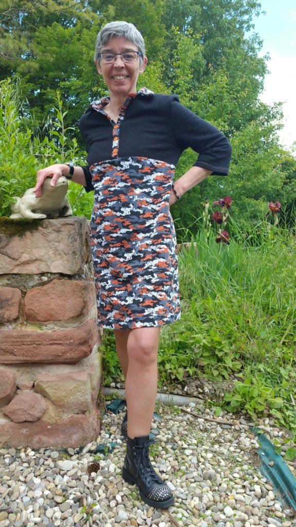 # Robe polo Burda Style d'avril 2021 modèle 113 Tissu Caréfil